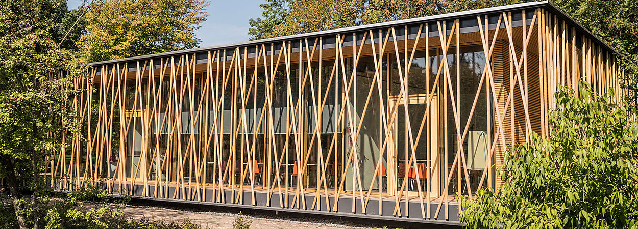 Das Umweltbildungszentrum Mit Dem Freilandlabor Britz E V Im Britzer Garten